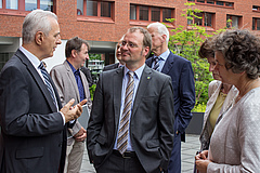 The Minister-President in a discussion with iDiv's managing director Prof Christian Wirth (photo: Stefan Bernhardt).
